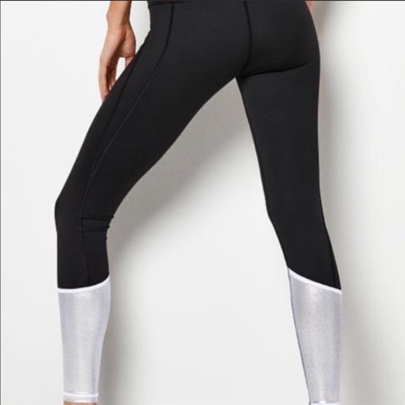 695341cbf2ce6 Victoria's Secret Pants | Vs Black And White Knockout Leggings ...